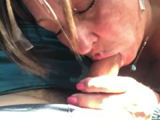 Milf blowjob swallow in car