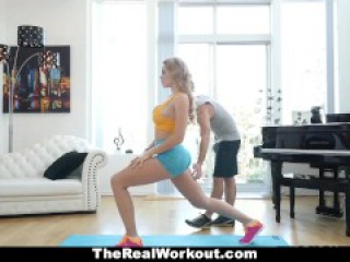 TheReaLWorkout - Busty Babe's Cock-Sucking Workout