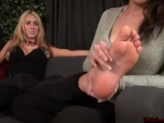 Foot Worship Girl 40