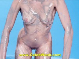 Miley Cyrus Brand New Nude Pussy (Genuine!)